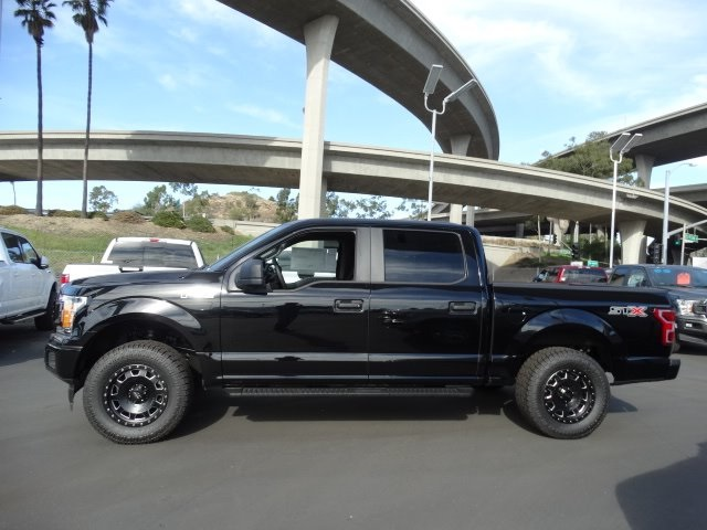 2018 F-150 Crew Cab, Pickup #JFA18245 - photo 3