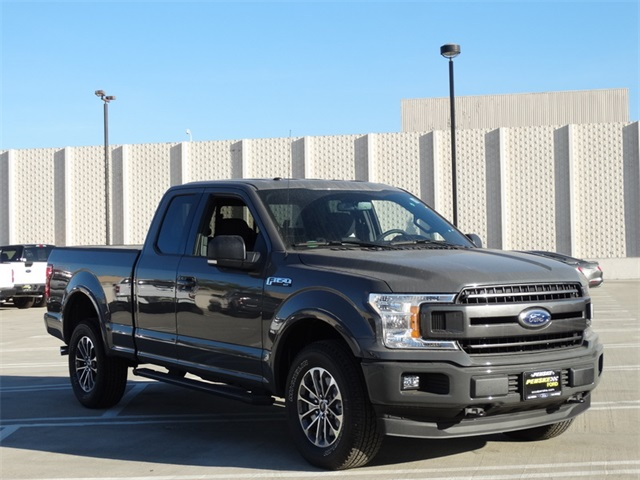 2018 F-150 Super Cab 4x4, Pickup #JFB12337 - photo 26