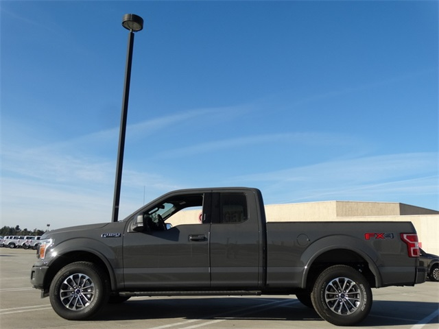 2018 F-150 Super Cab 4x4, Pickup #JFB12337 - photo 3