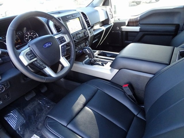 2018 F-150 SuperCrew Cab 4x4,  Pickup #JKF93481 - photo 33