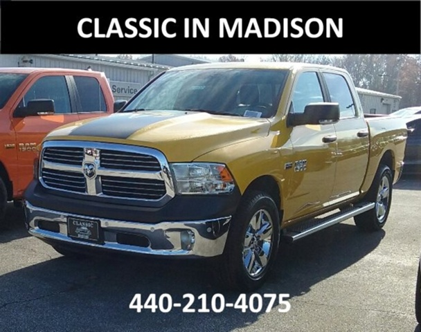 2017 Ram 1500 Crew Cab 4x4 Pickup #E18932 - photo 3