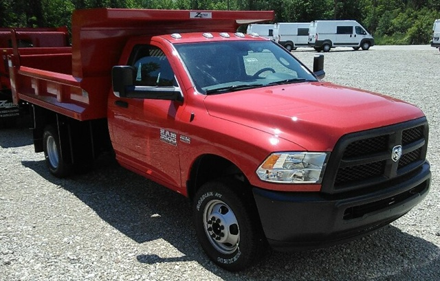 2017 Ram 3500 Regular Cab DRW 4x4, Rugby Dump Body #E19702 - photo 3