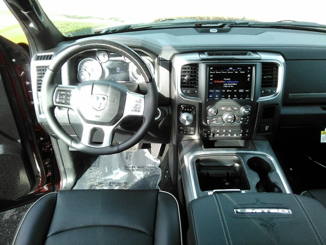 2018 Ram 1500 Crew Cab 4x4, Pickup #E20388 - photo 8
