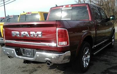 2018 Ram 1500 Crew Cab 4x4 Pickup #E20388 - photo 2