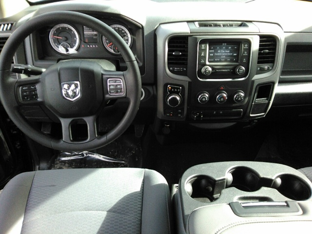 2018 Ram 1500 Crew Cab 4x4, Pickup #E20502 - photo 5