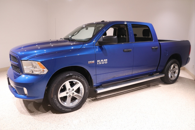 2018 Ram 1500 Crew Cab 4x4, Pickup #E20527 - photo 3