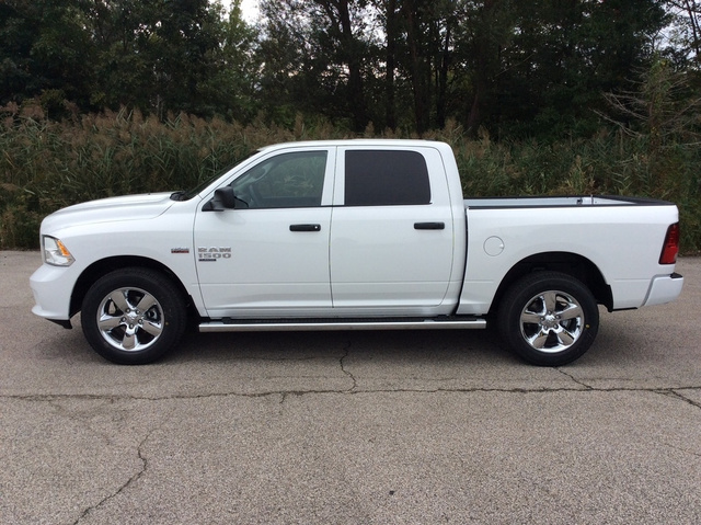 2019 Ram 1500 Crew Cab 4x4,  Pickup #E21394 - photo 4