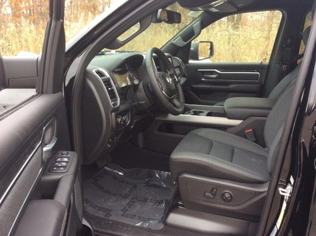 2019 Ram 1500 Crew Cab 4x4,  Pickup #E21524 - photo 10