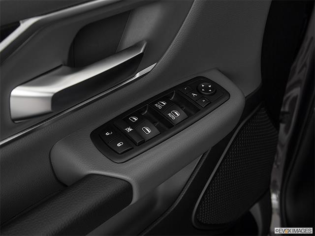 2019 Ram 1500 Crew Cab 4x4,  Pickup #E21558 - photo 4