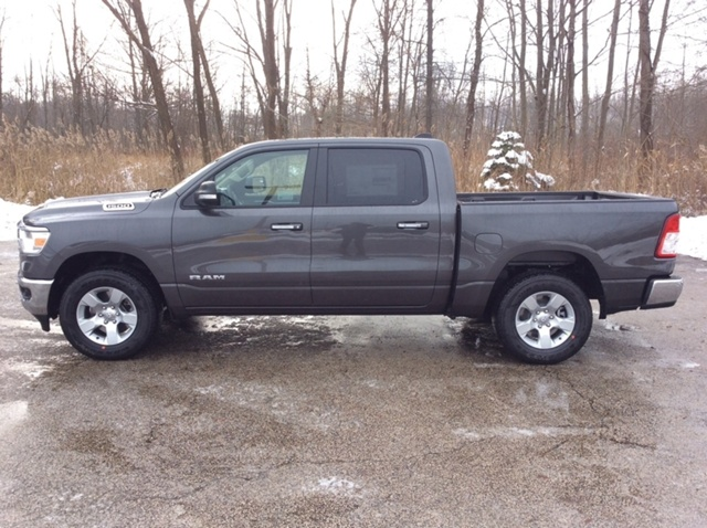 2019 Ram 1500 Crew Cab 4x4,  Pickup #E21589 - photo 4