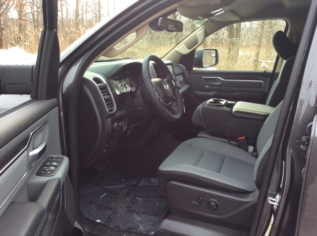 2019 Ram 1500 Crew Cab 4x4,  Pickup #E21589 - photo 9