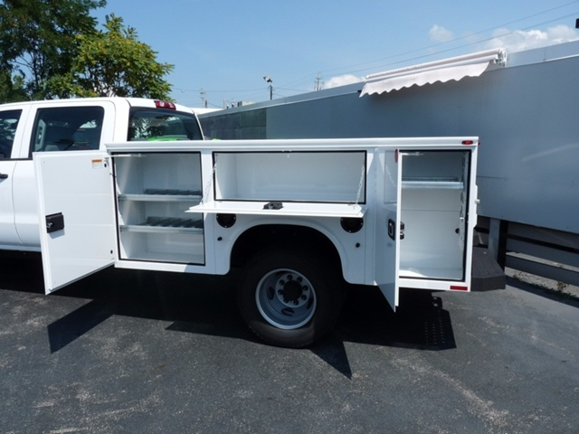 2017 Sierra 3500 Crew Cab 4x4, Service Body #39274 - photo 10