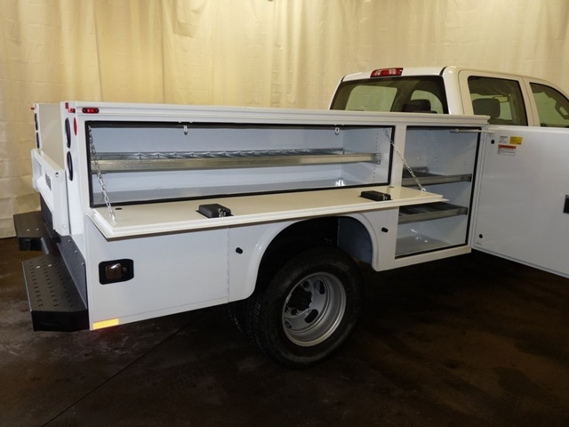 2018 Sierra 3500 Crew Cab DRW 4x4, Knapheide Service Body #39820 - photo 13