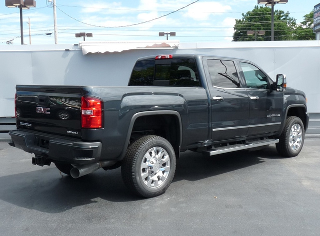 2019 Sierra 2500 Crew Cab 4x4,  Pickup #40367 - photo 2