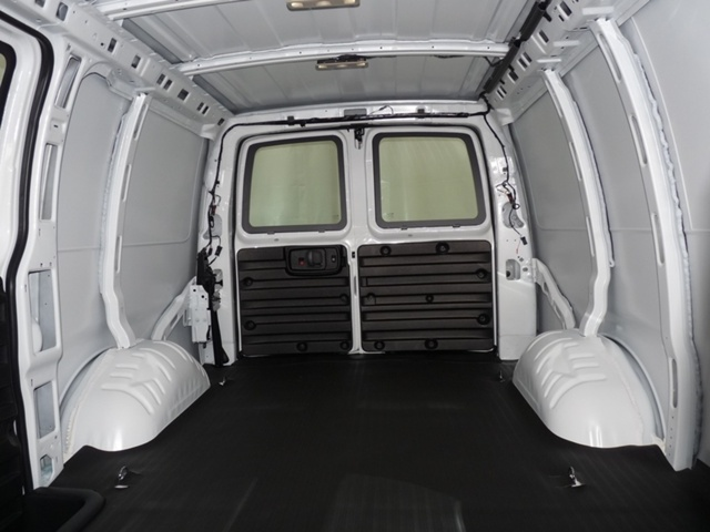 2019 Savana 2500 4x2,  Empty Cargo Van #40783 - photo 14