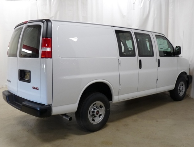 2019 Savana 2500 4x2,  Empty Cargo Van #40783 - photo 3