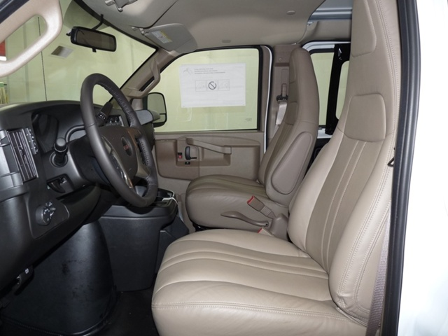 2019 Savana 2500 4x2,  Empty Cargo Van #40783 - photo 7