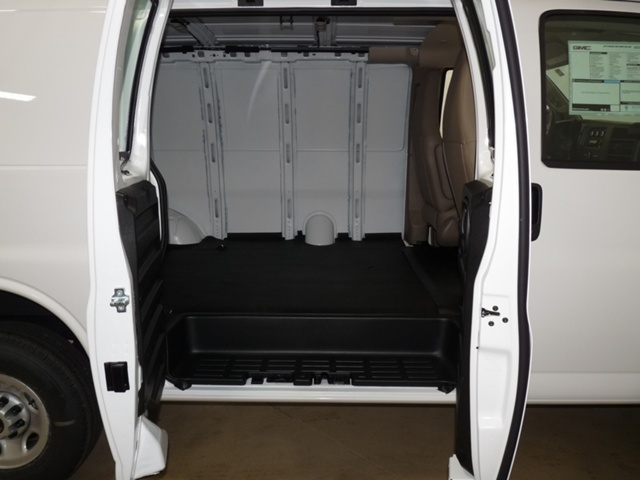 2019 Savana 2500 4x2,  Empty Cargo Van #40783 - photo 8
