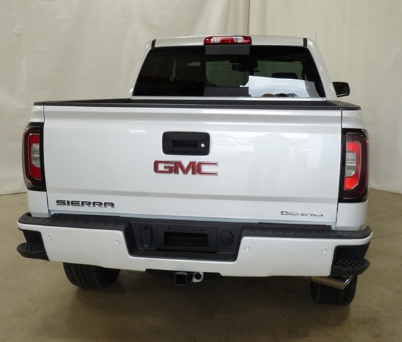 2018 Sierra 1500 Crew Cab 4x4,  Pickup #40791 - photo 3