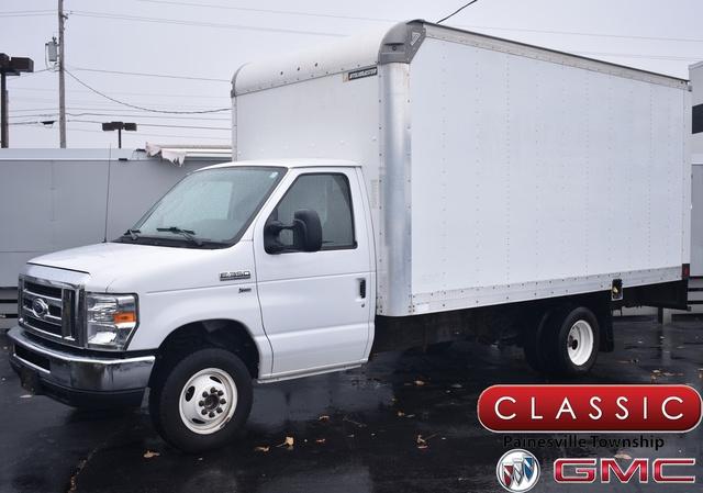 2015 Ford E-350, Cutaway Van #P10261 - photo 1