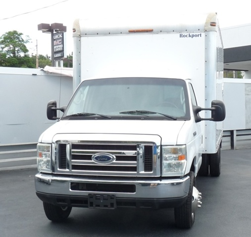 2008 E-350,  Cutaway Van #P9690 - photo 4