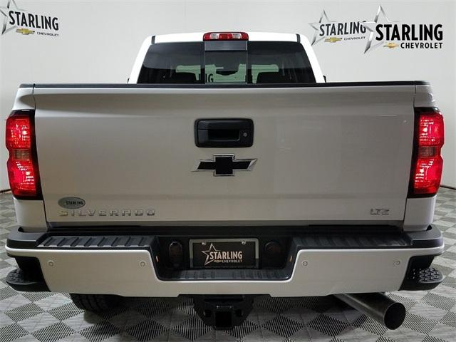 2018 Silverado 3500 Crew Cab 4x4,  Pickup #JF290660 - photo 2