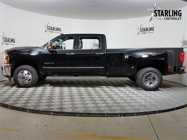 2019 Silverado 3500 Crew Cab 4x4,  Pickup #KF105543 - photo 3