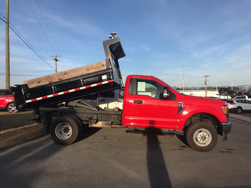 2017 F-350 Regular Cab DRW 4x4, Dump Body #PC0326 - photo 3