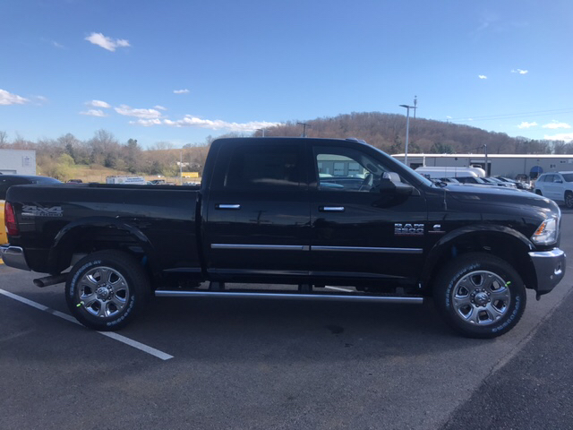 2017 Ram 2500 Crew Cab 4x4 Pickup #R61062 - photo 5