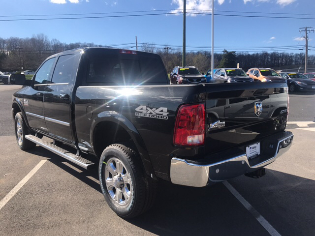 2017 Ram 2500 Crew Cab 4x4 Pickup #R61062 - photo 2