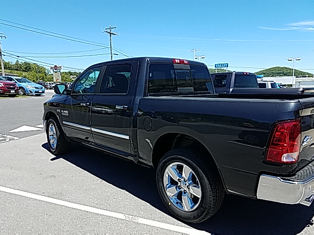 2017 Ram 1500 Crew Cab 4x4 Pickup #R61076 - photo 2