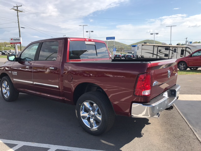 2017 Ram 1500 Crew Cab 4x4 Pickup #R61085 - photo 2