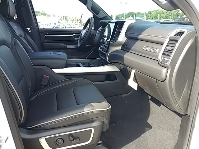 2019 Ram 1500 Crew Cab 4x4,  Pickup #R61289 - photo 17