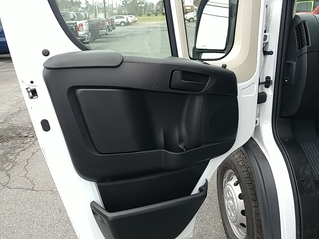 2018 ProMaster 2500 High Roof FWD,  Empty Cargo Van #R61346 - photo 13