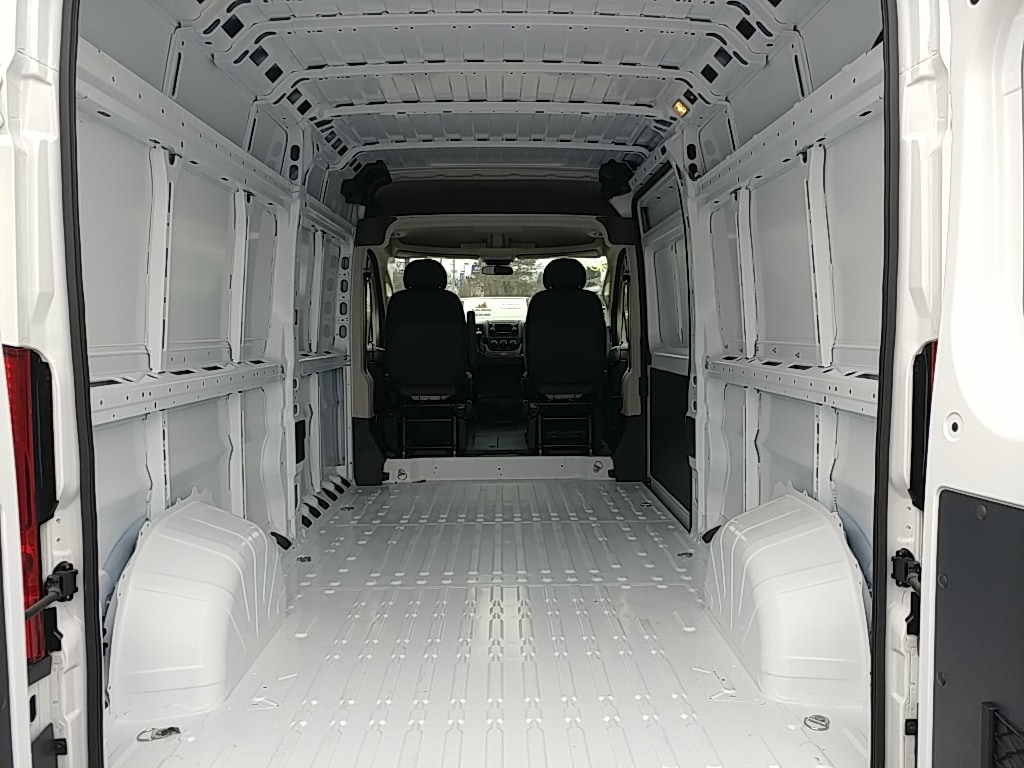 2018 ProMaster 2500 High Roof FWD,  Empty Cargo Van #R61346 - photo 2