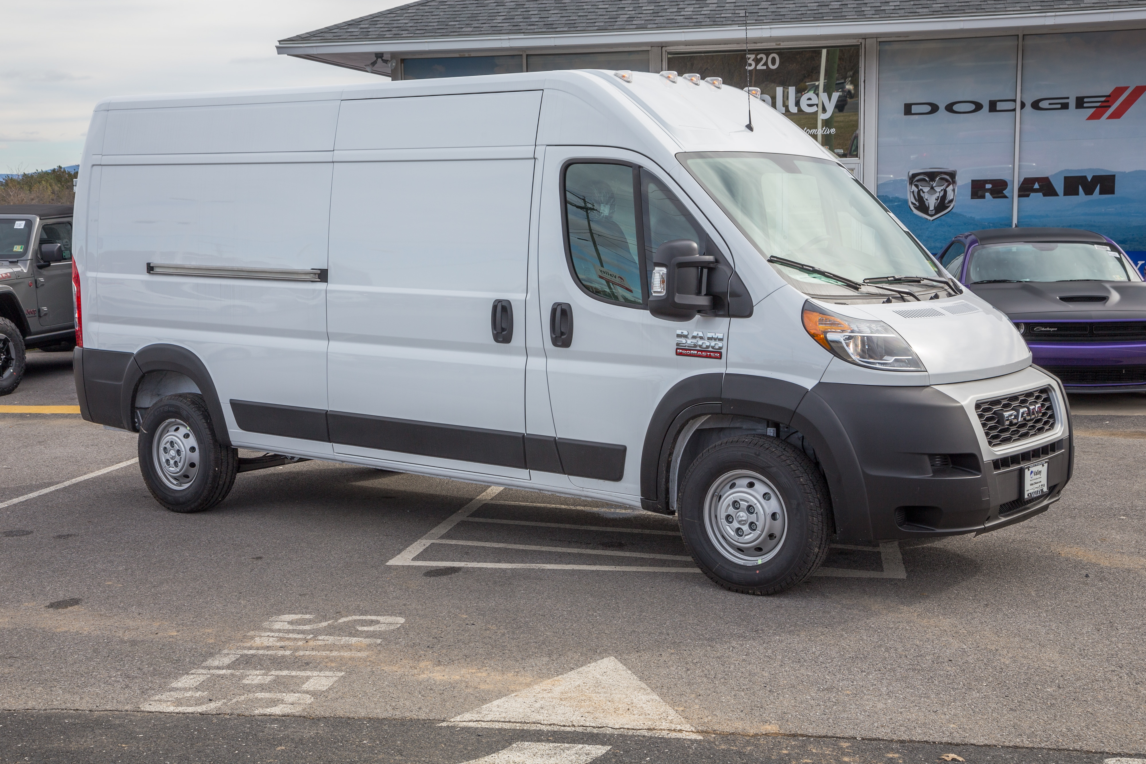 2019 ProMaster 2500 High Roof FWD,  Empty Cargo Van #R61352 - photo 1