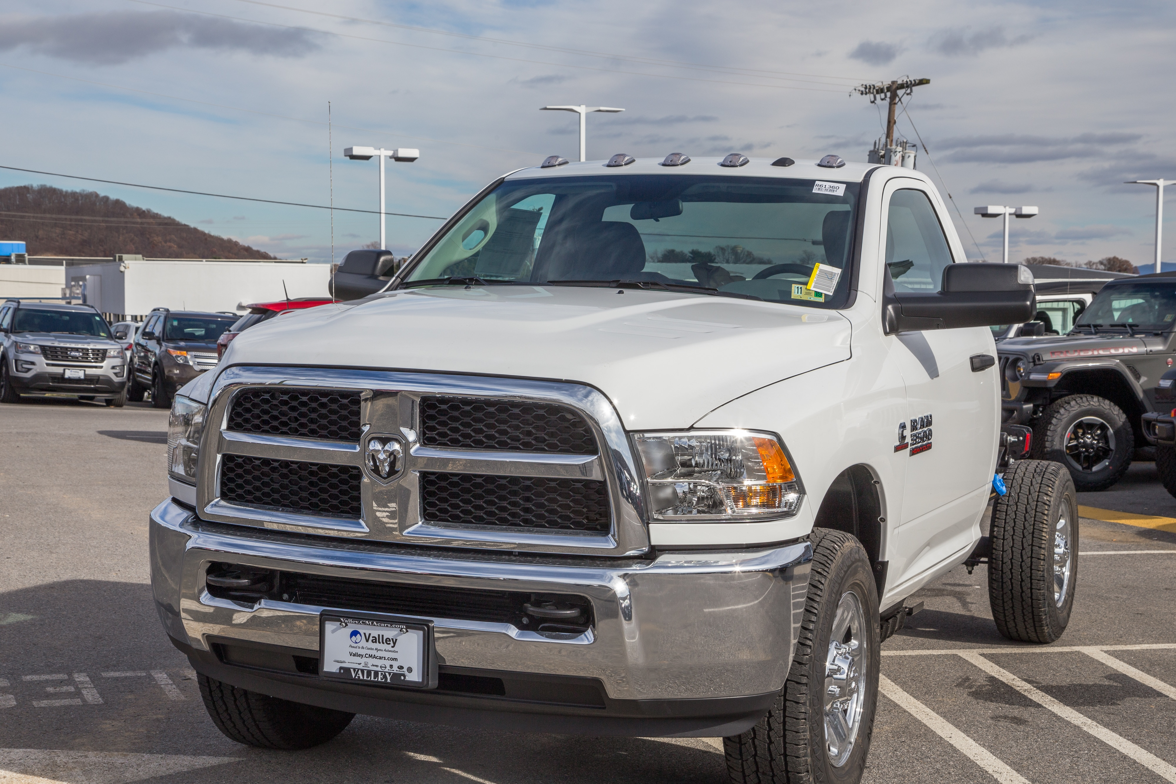 2018 Ram 3500 Regular Cab 4x4,  Cab Chassis #R61360 - photo 4