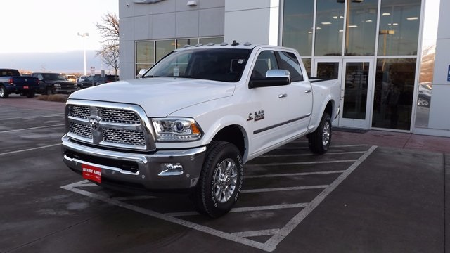2017 Ram 2500 Crew Cab 4x4, Pickup #R1148 - photo 28