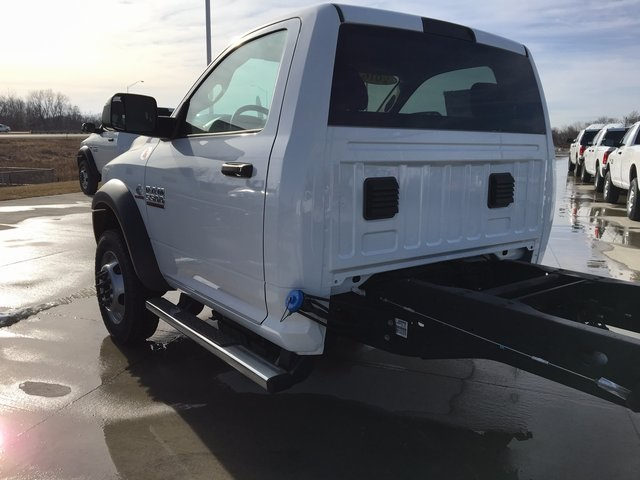2017 Ram 5500 Regular Cab DRW 4x4, Cab Chassis #R1155 - photo 7