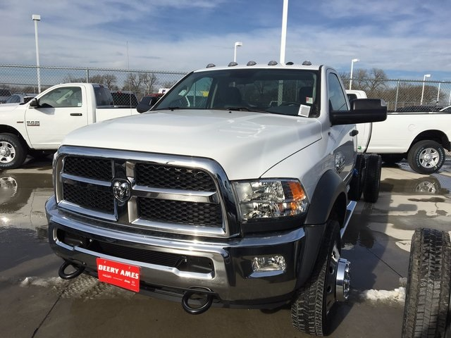2017 Ram 5500 Regular Cab DRW 4x4, Cab Chassis #R1155 - photo 8