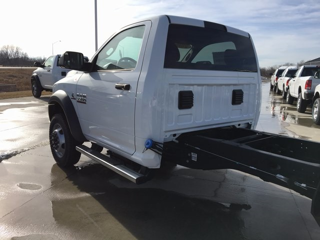 2017 Ram 5500 Regular Cab DRW 4x4, Cab Chassis #R1155 - photo 12