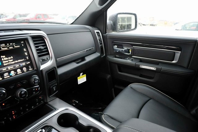 2017 Ram 1500 Crew Cab 4x4, Pickup #R1195 - photo 12