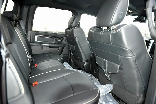 2017 Ram 1500 Crew Cab 4x4, Pickup #R1195 - photo 21