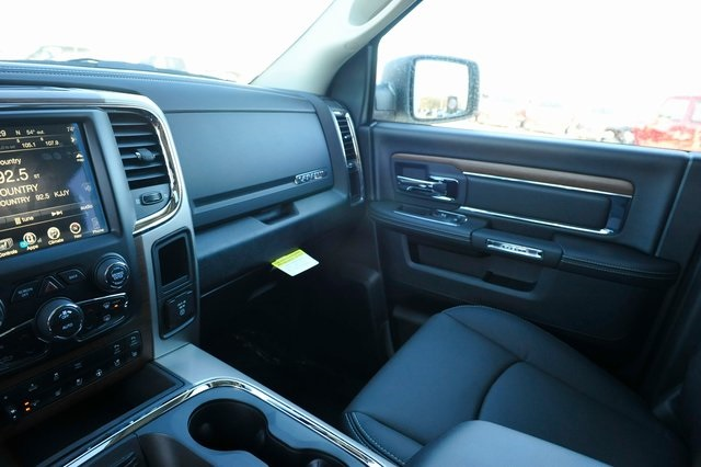 2017 Ram 1500 Crew Cab 4x4, Pickup #R1248 - photo 12