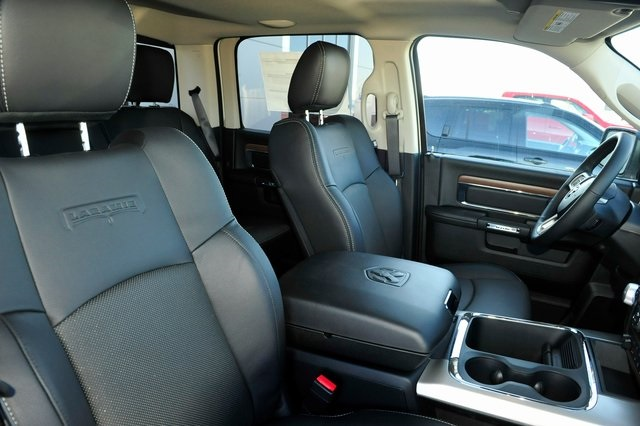 2017 Ram 1500 Crew Cab 4x4, Pickup #R1248 - photo 24