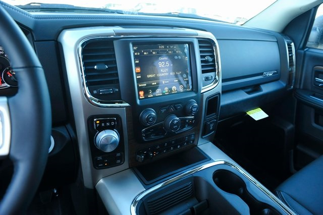 2017 Ram 1500 Crew Cab 4x4, Pickup #R1248 - photo 10