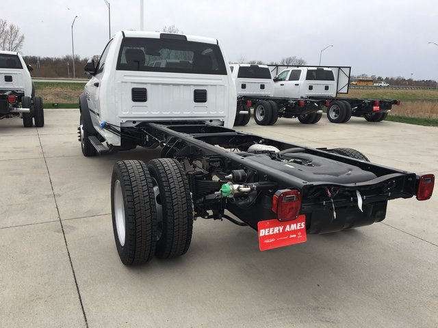 2017 Ram 5500 Regular Cab DRW 4x4, Cab Chassis #R1264 - photo 2