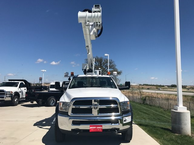 2017 Ram 5500 Regular Cab DRW 4x4, Dur-A-Lift Other/Specialty #R1266 - photo 4