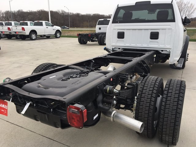 2017 Ram 5500 Regular Cab DRW 4x4, Cab Chassis #R1295 - photo 7