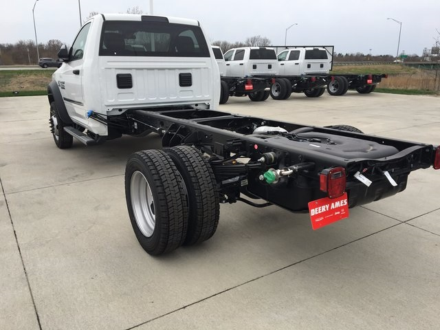 2017 Ram 5500 Regular Cab DRW 4x4, Cab Chassis #R1295 - photo 2